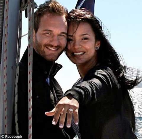 Nick Vujicic và vợ